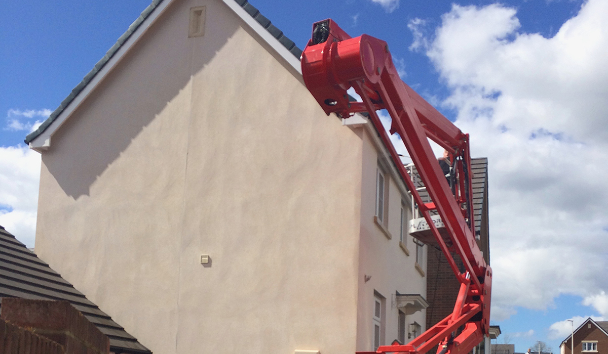 Private cherry picker hire for building maintenance in Llanharran, Pontyclun